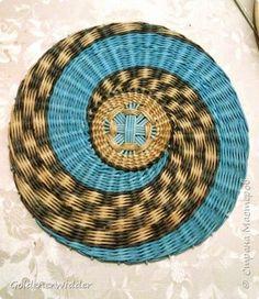 Мастер-класс Плетение Панно 40 см Спиральное плетение Бумага газетная Трубочки…
