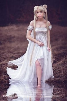 moonlightsdreaming: Princess Serenity (NEW) I by Cosbabe Hallowen Costume, Halloween Cosplay, Amazing Cosplay, Best Cosplay, Cosplay Outfits, Cosplay Girls, Cosplay Ideas, Sailor Moon Wedding, After Earth