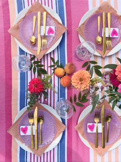 Inexpensive Tablescape Tricks. - DomestikatedLife Birthday Gifts For Girls, Girl Birthday, Beautiful Table Settings, Table Set Up, Cool Themes, Inspirational Gifts, Girl Gifts, Tablescapes, Party Planning