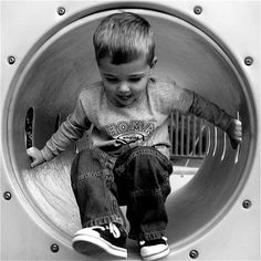 100 toddler and child Shots to improve your family photography ~ you won't want to miss these tips.  They are AWESOME!