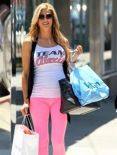 Spring outfit! Alexis bellino pink pants