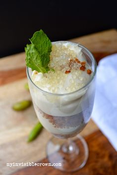 finger lime cheesecake parfaits from My Invisible Crown These could be a really cool alternative to a wedding cake!!!