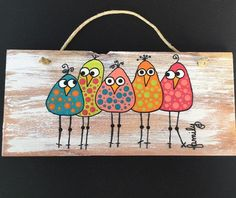 Birds of a Feather -Whimsical wall placque – feather crafts Art Fantaisiste, Art Mural, Art Drawings For Kids, Art For Kids, Decoration Palette, Art Pierre, Using Acrylic Paint, Pallet Art, Whimsical Art