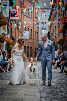Wedding Photographer I Northern Ireland I Snappitt Photography - Wedding photo Gallery Wedding Photo Gallery, Wedding Photos, Wedding Photographer Northern Ireland, Southern Ireland, Belfast City, Ireland Wedding, City Hall Wedding, Cool Style, Wedding Photography