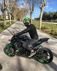 Image may contain: one or more people, tree, motorcycle, outdoor and nature Motorcycle Baby, Motorcycle Events, Motorcycle Logo, Yamaha Bikes, Kawasaki Motorcycles, Cool Motorcycles, Kawasaki Z650, Kawasaki Ninja, Fz Bike