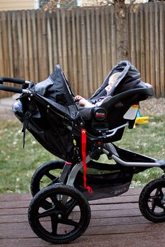 Love BOB Strollers? Then You'll Love the Travel System! (BOB Revolution SE with Britax B-SAFE Infant Car Seat) — A Nation of Moms