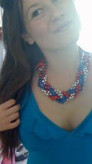 DIY necklace SO awesome ...rangers necklace?!