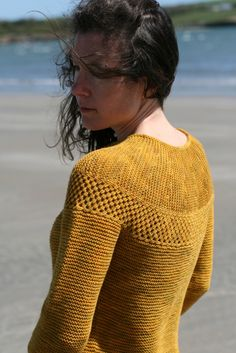 Carol Feller's blown away shoulder. Again that beautiful yoke. Hhmmm, think I have some red merino stashed somewhere!