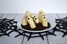 Hocus Pocus: Healthy Halloween Treats  http://laurenconrad.com/blog/post/cute-healthy-fall-halloween-treats-desserts-how-to-lauren-conrad-october-2013