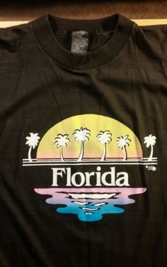 Vtg-70-039-s-80-039-s-Florida-Vacation-T-Shirt-Thin-Black-L-Palm-Tree-Sunset-Ocean-Surf