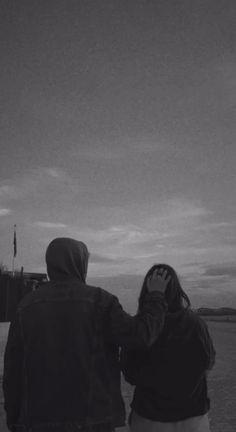 Cute Couples Photos, Cute Couple Pictures, Best Friend Pictures, Cute Couples Goals, Couple Goals, Couple Aesthetic, Character Aesthetic, Aesthetic Pictures, Cute Black Wallpaper