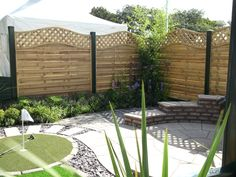 Green posts & gravel boards