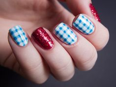 Chalkboard Nails: Costume Nails: Dorothy from The Wizard of Oz
