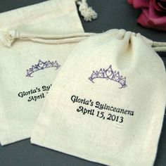 Quinceanera Party Favors | Sweet 15 party ideas | Personalized Candy Buffet Bags | Favor Bags for your guests #quince #sweet15