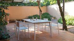 Emu Kira Tables