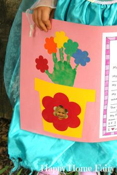 or use a hand outline Mothers Day Crafts Preschool, Diy Mother's Day Crafts, Toddler Crafts, Preschool Crafts, Kid Crafts, Preschool Ideas, Preschool Rules, Daycare Crafts, Daycare Ideas