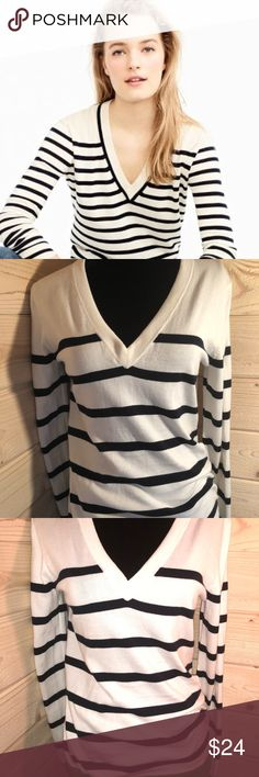 J. Crew Cotton V-Neck Cotton Sweater Excellent condition. First photo shows fit. J. Crew Sweaters V-Necks