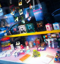 #primicia Nuevos #productos en nuestras tiendas de #Madrid (c/Argensola,1) y #Barcelona (c/Rosic,3). ¡Ven a descubrirlos, te esperamos! (+info):www.caprilephoto.es