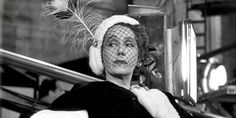 Très Blasé | I think this election is going to end a lot like Sunset Boulevard. Instead of Norma Desmond coming down the stairs, it'll be Trump coming down the escalator. I wonder who'll be floating in the pool.