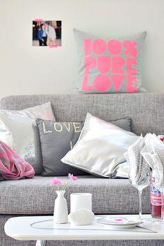 Pink Neon Details