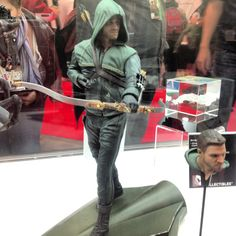 Arrow Statue - DC Collectibles @ New York Comic Con 2012