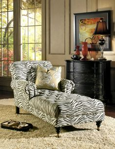 Chaise style, animal print