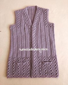 Vest Happy weeks - prepared to give to the lady& mother - hopefully she will be very happy when she opens her package paket # knittinggirl… Crochet Baby Sweaters, Knitted Baby Clothes, Baby Girl Sweaters, Crochet Clothes, Baby Sweater Patterns, Knit Vest Pattern, Lace Knitting Patterns, Knitting Designs, Knit Baby Dress