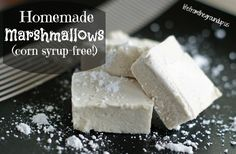 homemade marshmallows no corn syrup Ingredients 2 Tbsp gelatin (go high-quality if you can) cup cold water 2 cups organic sugar (Costco actually carries this at a good price) Another cup of cold water Pinch of salt 2 tsp real vanilla extract Candy Recipes, Whole Food Recipes, Dessert Recipes, Cooking Recipes, Fudge Recipes, Homemade Marshmallows, Homemade Candies, Making Marshmallows, Just Desserts