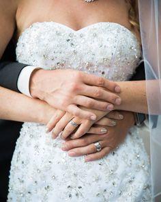 cool vancouver wedding #happynewyear to everyone | REAL WEDDING Click link in bio 4more pics #weddingphotography #Vancouverbride #vancity #theknot #realwedding #bridebook #junebugweddings #theweddingpic #farawaylandwedding #soloverly #instabride #weddinginspiration #weddingdress #meaningfulwedding #loveAuthentic #dreamweddingshots #2016 by @afarawayland  #vancouverwedding #vancouverweddingdress #vancouverwedding