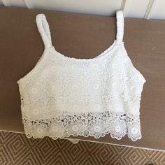 White lace crop top! Super cute tank top LF Tops Crop Tops
