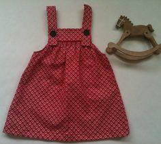 Super cute Red Print Toddler Girls Smock Dress - Size 0, 1, 2yrs & 3yrs Girls Smocked Dresses, Smock Dress, Toddler Girls, Smocking, Super Cute, Trending Outfits, Red, Vintage, Etsy