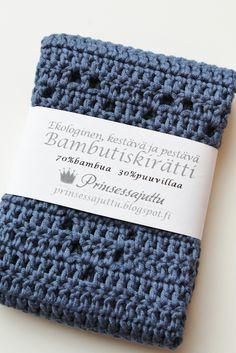 List of attractive matto virkattu ohje ideas and photos Merino Wool Blanket, Card Holder, Knitting, Crafts, Diy, Crocheting, Craft Ideas, Crochet, Rolodex