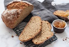 The fastest and easiest bread - Celine's Recipes No Yeast Bread, Bread Baking, Irish Bread, Pan Rapido, Guinness Chocolate, Pan Relleno, Batter Recipe, Homemade Buttermilk, Soda Bread