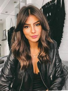 49 Hot Trend Haircuts You'll Be Obsessed With 2019 - hair lengths Medium Hair Styles, Curly Hair Styles, Hair Medium, Soft Curls For Medium Hair, Medium Hair With Layers, Soft Waves Hair, Soft Layers, Long Hair Cuts, Wavy Hair With Layers