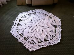 Shabby Chic Flower Crochet Doily Rug - Lisa - Handmade original - by dainamickus on madeit