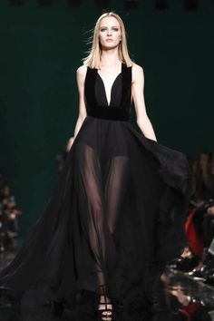 """Taylor Swife """"Blank Space"""" music video - Elie Saab ready-to-wear 2014 Couture Fashion, Runway Fashion, High Fashion, Elie Saab Fall, College Fashion, Celebrity Dresses, I Dress, Dresses For Sale, Dress To Impress"""
