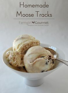 Farmgirl Gourmet: Delicious Recipes for the Home Cook.: Homemade Moose Tracks - A Guest Post