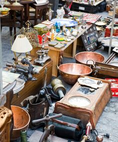 Tiny Sparks, Kansas—population 9!—hosts crowds of up to 75,000 twice each summer, with 450 dealers displaying a range of antiques and collectibles at great prices.  (May 1-4, August 28-31, 2014; sparksantiquesandcollectibles.com)   - Veranda.com