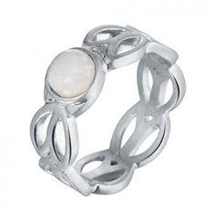 """Der versilberte Ring """"Wheat"""" von Sence Copenhagen ist dein glänzender Begleiter, nicht nur auf den Tanzflächen dieser Welt."""