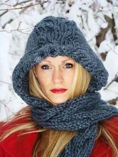 Free Pattern: Midnight Scarbon by Esther Leavitt