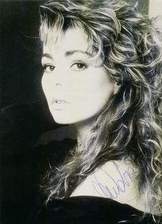 Sandra Cretu 80s Pop Music, Heaven Can Wait, Photo Galleries, Idol, Iphone Wallpapers, Divas, Singers, Ears, Fandoms