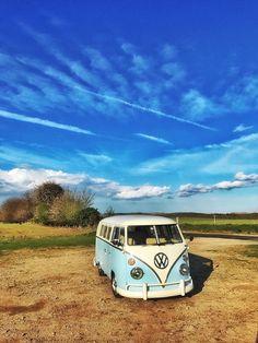 Vw Camper, Volkswagen Bus, Vw T1, Campers, Wolkswagen Van, Kdf Wagen, Combi Vw, Pretty Cars, Bus Travel