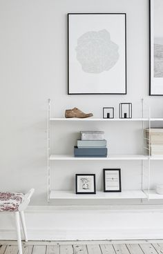 String Shelf - Pastel colors and soft wood floors