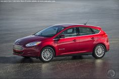Newly Revamped 2015 Ford Focus Set For A Big Apple Debut...