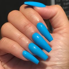 """If you're unfamiliar with nail trends and you hear the words """"coffin nails,"""" what comes to mind? It's not nails with coffins drawn on them. It's long nails with a square tip, and the look has. Blue Acrylic Nails, Summer Acrylic Nails, Summer Nails, Beauty Hacks Nails, Aycrlic Nails, Ballerina Nails, Fire Nails, Dream Nails, Stylish Nails"""