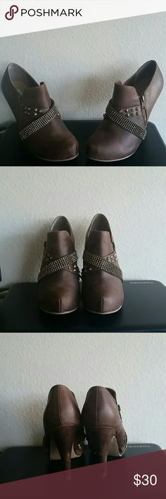 Not rated Brown/Gold rhinestone /stud booties 9New Not rated Brown and gold rhinestone straps gold studs ankle booties NWOB  size 9 fit true to size Not Rated Shoes Ankle Boots & Booties