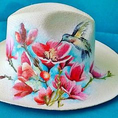 Have you met our new hats? Hand painted, hand made Panama hats, perfect for the summer 👌🏻 . Painted Hats, Hand Painted, Bird Crafts, Diy And Crafts, Hat Decoration, Cowgirl Hats, Summer Hats, Clothes Horse, Patch