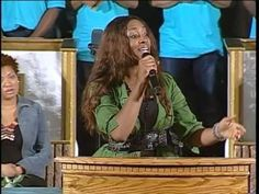 He Looked Beyond All My Faults - Jessica Reedy sings - YouTube