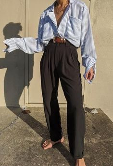 7 Changes To Make To Your Wardrobe Black Slacks Outfit, Linen Pants Outfit, Look Fashion, Fashion Outfits, Street Fashion, Casual Outfits, Cute Outfits, Black Outfits, Work Outfits