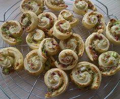 Rezept Flammkuchenschnecken von Honibee - Rezept der Kategorie Backen herzhaft